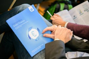 Broschüre Faktencheck Green Finance