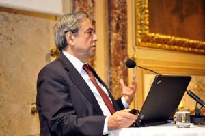 Ashok Khosla, Präsident des Club of Romes